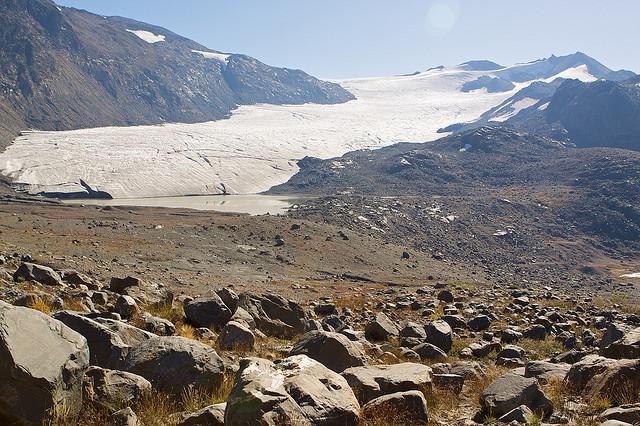 helm glacier 2009 hm
