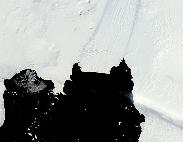 Pine_Island_Glacier.2013049.terra.250m