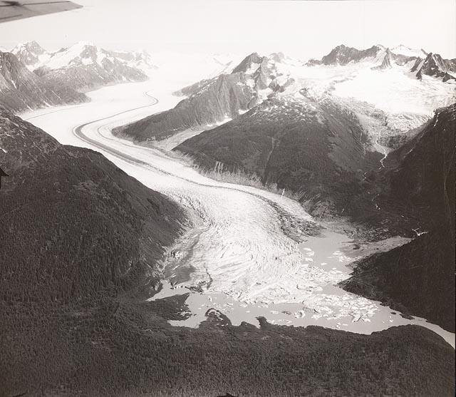 wright glacier1948080301