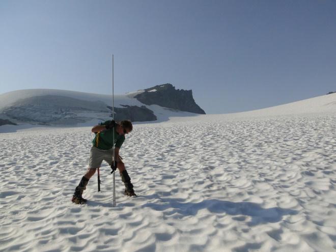 sholes probing snowpack